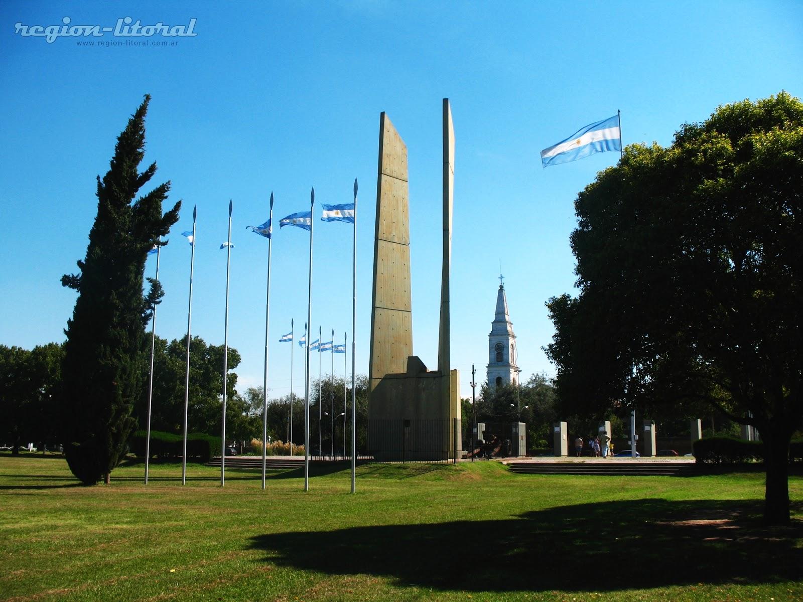 Cuatro Nuevos Totems – Municipalidad de San Lorenzo
